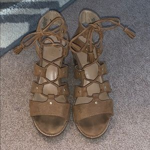 Old Navy Lace Up Sandals